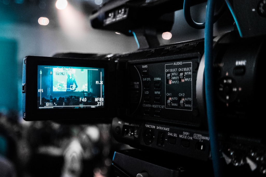 Videos: the next influential tool in online marketing? [5 Reading Tips]