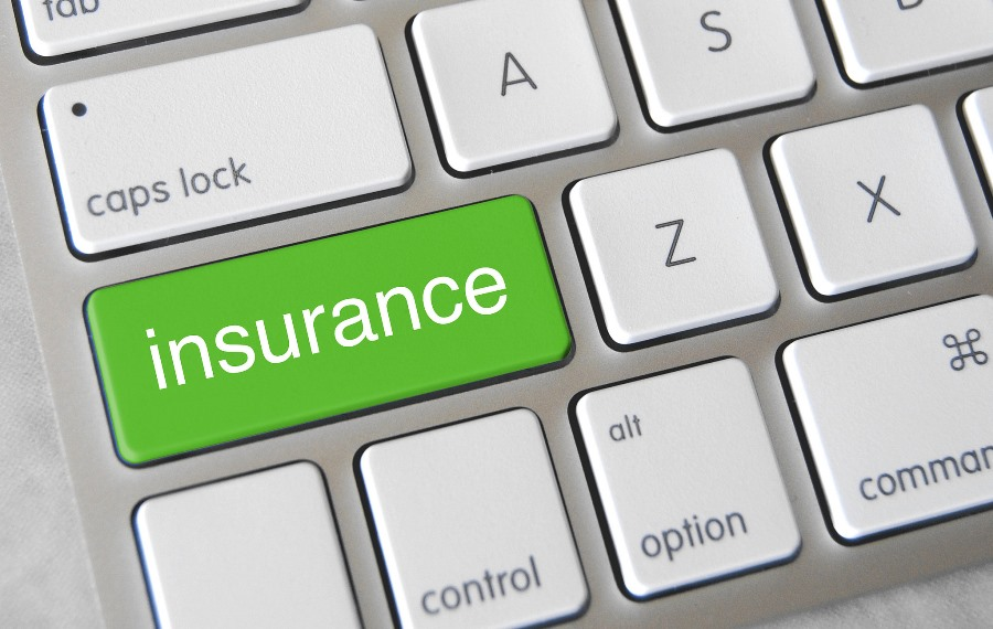 Digitalising the insurance landscape [5 Reading Tips]
