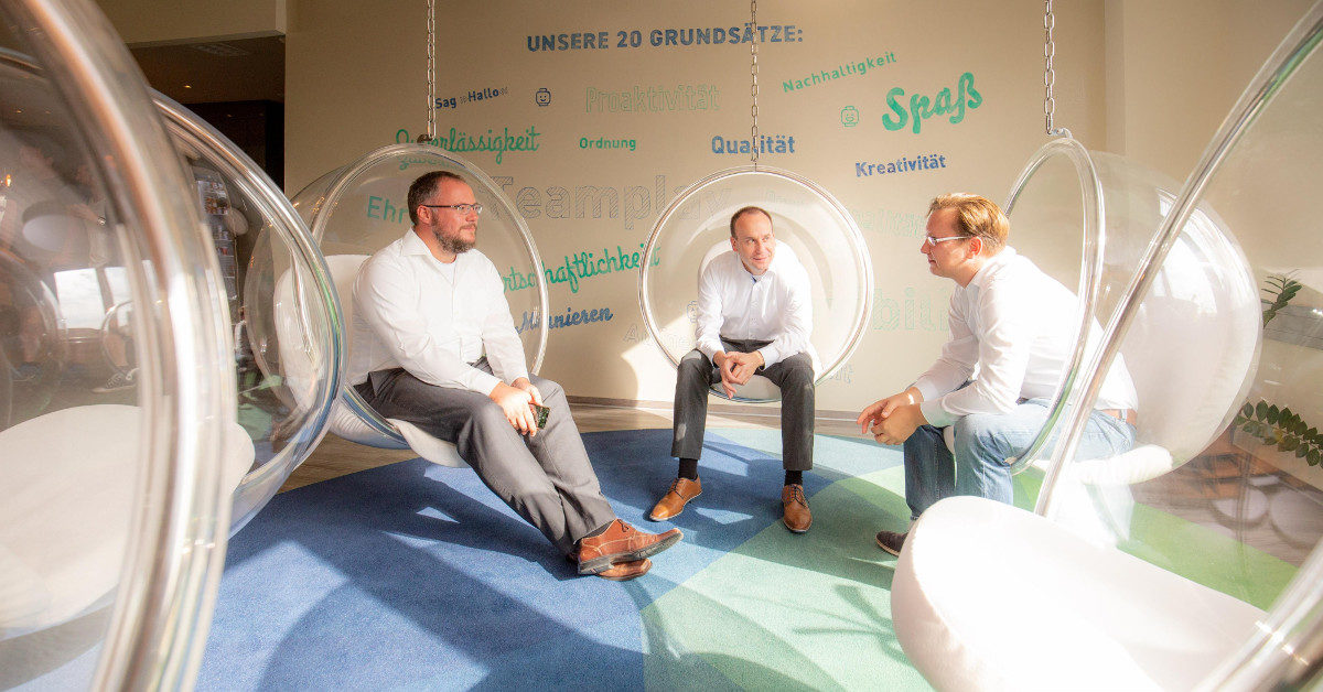 »Innovation through creative spaces« – from hipster cafés, co-working spaces, and the chill offices