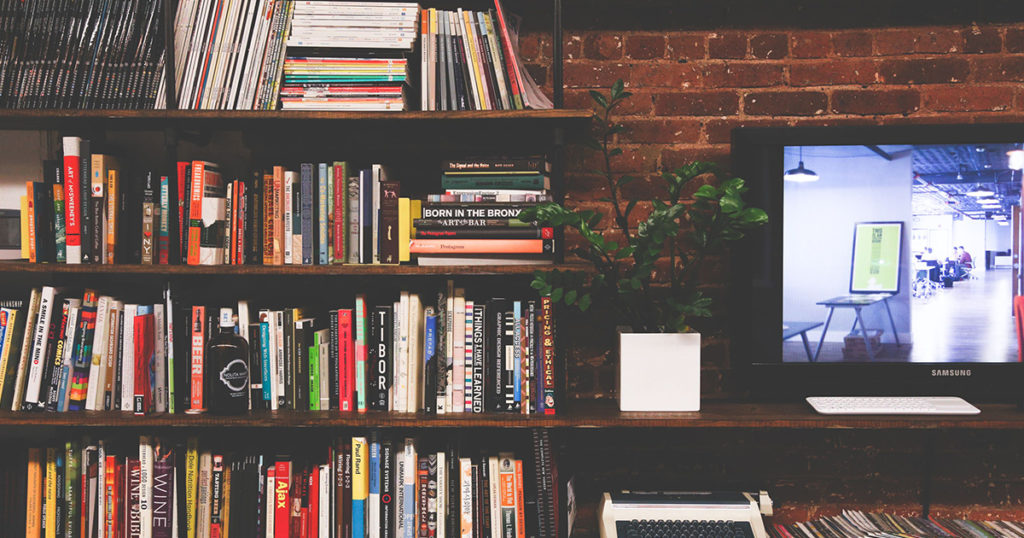 Changing CMS: Complex, But Important. What Do You Need to Consider? [5 Reading Tips]